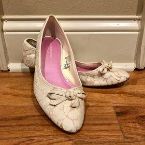 Isaac Mizrahi for Target Creamy Lace Kitten Heels